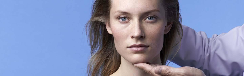 laroche posay hjemmeside sidefod model højre dermato